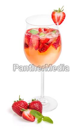 beber fresa champan menta prosecco aperitivo