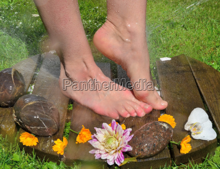 pies kneipp de agua kneippkur