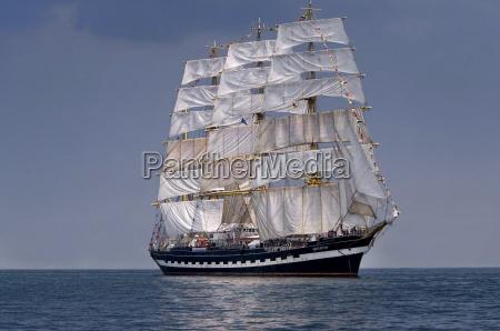 velero alto de la nave historica