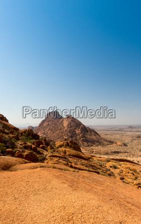 montanyas desierto africa ver seco