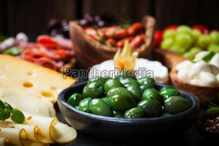 antipasto, con, aceitunas, verdes - 10009766
