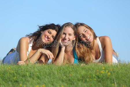 retrato de un grupo de tres
