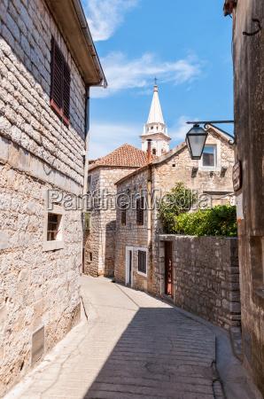 paseo viaje historico ciudad piedra fiesta