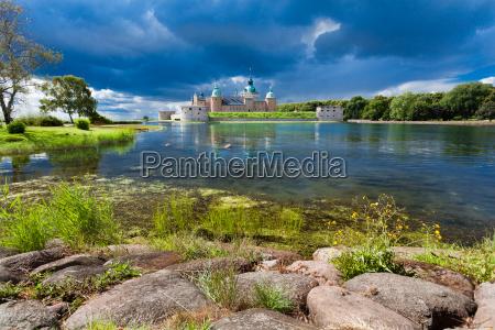 historico castillo de kalmar en suecia