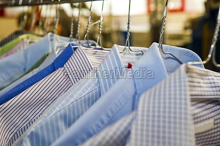 camisas del negocio