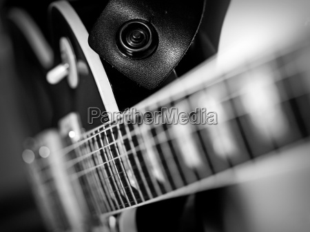 guitarra electrica macro abstracta en blanco