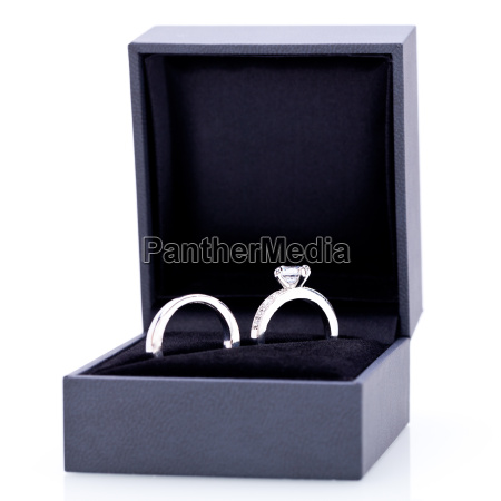bella moderna elegante anillo de plata