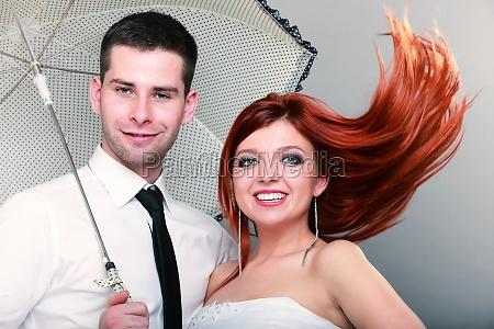 feliz casado pareja novia novio en