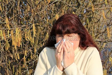 woman cold catarrh spring pollen hayfever