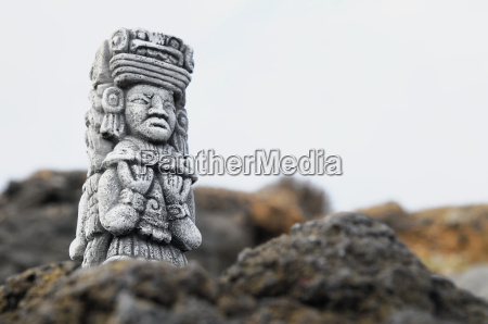 estatua maya