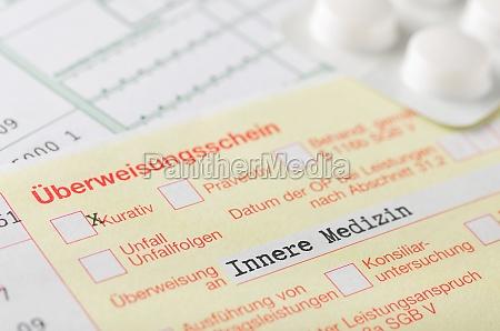 certificado de referencia para medicina interna