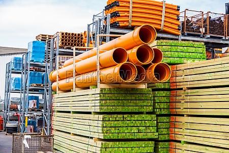 apilados diferentes tubos para la industria