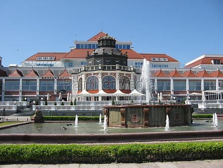 arquitectura del complejo en sopot sopot