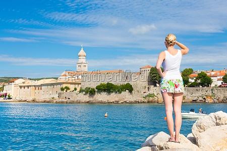 la ciudad de krk mediterraneo croacia