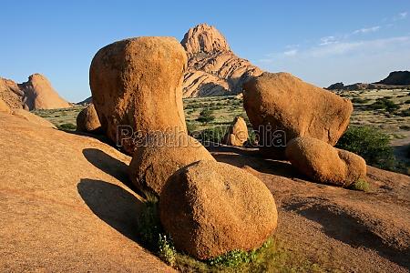 piedra desierto africa namibia geologia naturaleza