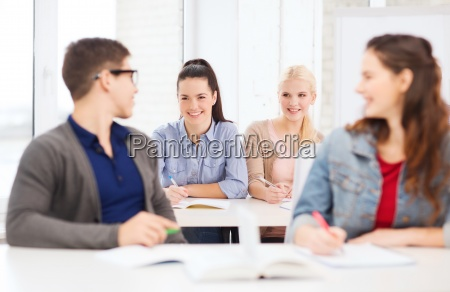 hablar hablando habla charla estudio personas