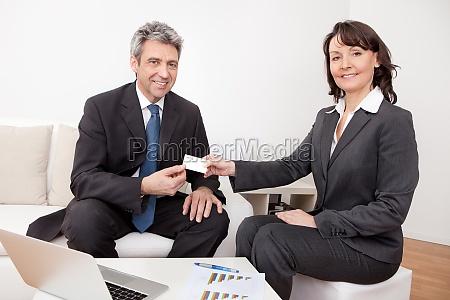 mujer personas gente hombre visita negocios