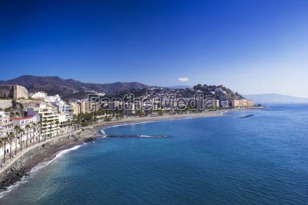 playa de la caletilla almunyecar andalucia