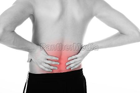 hombre joven con su espalda