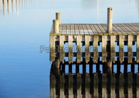 azul madera muelle embarcadero