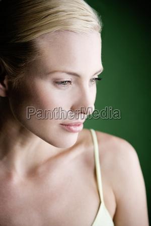 mujer perfil risilla sonrisas hermoso bueno