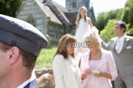 chofer de fiesta de la boda