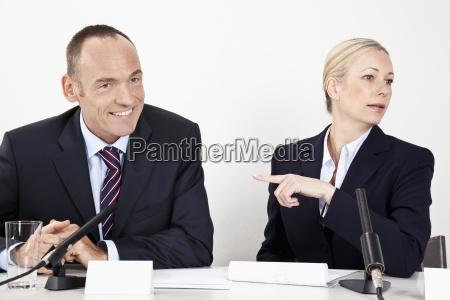 risilla sonrisas mujer mujeres entrevista hombres