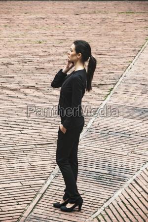 mujer telefono personas gente hombre mujeres