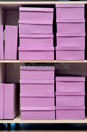 cajas de zapatos rosas