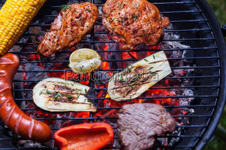 fogo grelha churrasco supervisao carne carne