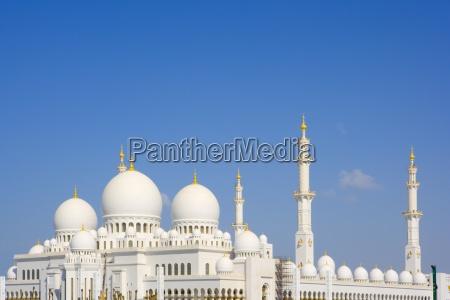 gran mezquita en abu dabi emiratos