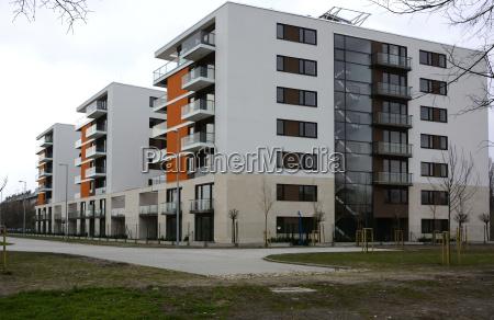 casa construccion edificio de viviendas nuevo