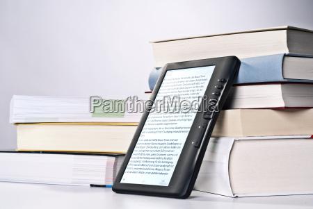 libros electronicos y libros impresos