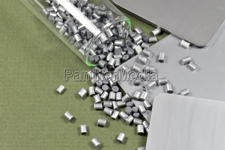 resina de polimero de color plateado