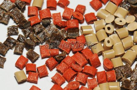 marron recursos de plastico granulos polimero