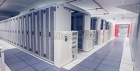 torre electronica equipo desierto tranquilo informacion