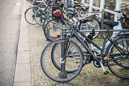 paseo viaje ciudad metal urbano bicicleta