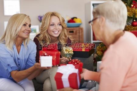 nos encanta darle placer en navidad