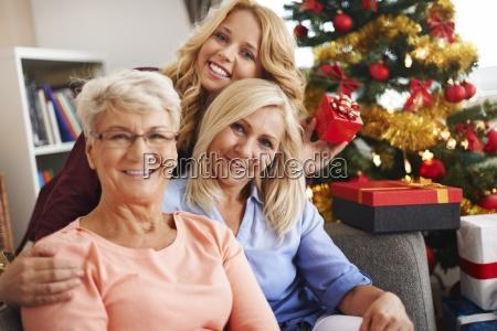 casa construccion risilla sonrisas mujer mujeres