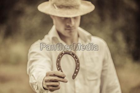 suerte agricultor titular de herradura