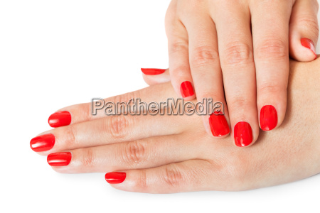 manos femeninas con hermosos dedos manicurados