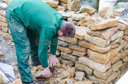pared seca pared de piedra