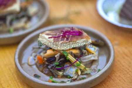 mariscos en un plato