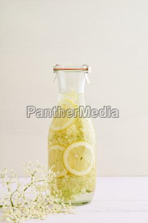 jarabe de flor de sauco aplicado