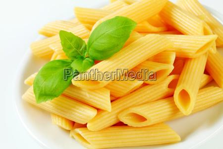 comida detalle placa cocido albahaca pasta