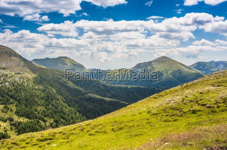 valle y montanyas