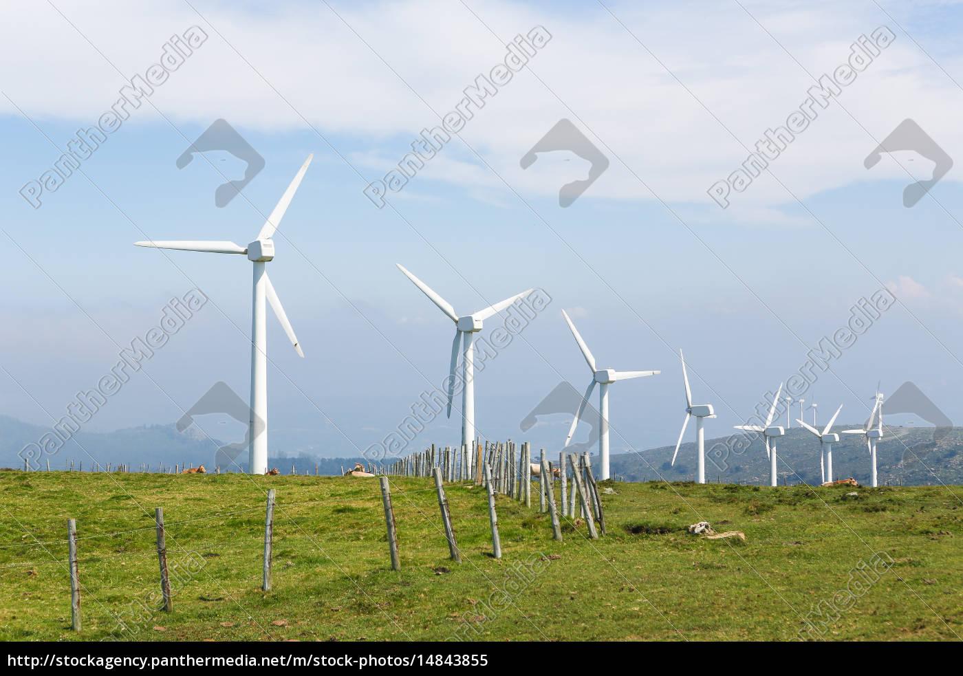 turbinas, eólicas, en, un, parque, eólico - 14843855