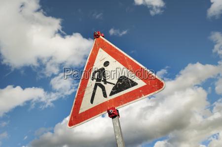 senyal trafico por accidentes de trafico