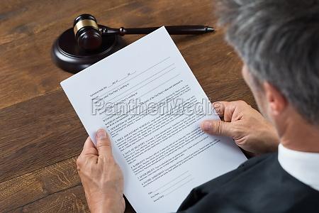 el juez de lectura de documentos