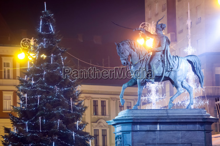 estatua de ban josip jelacic en